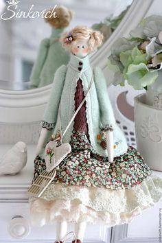 Fine Porcelain China Diane Japan Value Key: 9633987984 Tilda Toy, Homemade Dolls, Doll Maker, Fairy Dolls, Soft Dolls, Doll Crafts, Cute Dolls, Doll Patterns, Vintage Dolls