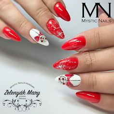 Зимний маникюр  Новогодний маникюр  Karácsonyi köröm Piros köröm Téli köröm Winter nails Christmas nails nail #nails #nails💅🏼 #nailart #nailsart… Mystic Nails, Chunky Blonde Highlights, Blue Nail Designs, Xmas Nails, Christmas Nail Art, Winter Nails, Pretty Nails, Manicure, Hair Beauty
