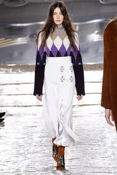 Catwalk photos and all the looks from Peter Pilotto Autumn/Winter 2016-17 Ready-To-Wear London Fashion Week