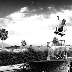 My son Silas he built the offgrid sk8 shack at age 15 & is now off surfing/skating the world so his place is available on the links above  Raised 5 kids on this off grid piece of land carrying in everything we needing to build/survive along the mountains tracks & with babies on my back... Come stay! The silence/darkness is real...Links in bio#hikingwithkids #babywearing #freedom #wonderlocks #dreadlocks #hippylife #yogaholiday #veganholiday#skateboarding #rainbowcountry #spain #silence…