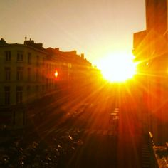 pic by @gcandrix Golden street. #summer #thisisantwerp #sun #street
