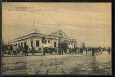 Plaza del Cementerio En lo que ahora es el Parque Centenario, obsérvense los rieles del tranvía que corría desde Jocotenango hasta el Calvario Viejo
