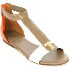 ffd704eaad87 Tory Burch Casey flat sandals Yes please!