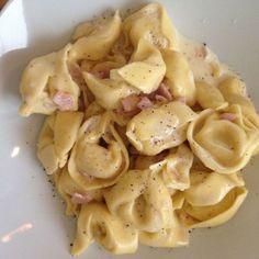 Lieblingsrezept: Tortellini + Käse-Sahne Soße