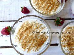 Rezeptidee: Sommerliches Dessert und Nachtisch - Joghurt mit Erdbeeren