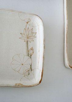 Home Decor Objects Ideas : Momoko Ootani Pottery Plates, Ceramic Pottery, Pottery Art, Pottery Designs, Ceramic Clay, Ceramic Plates, Ceramic Painting, Earthenware, Stoneware