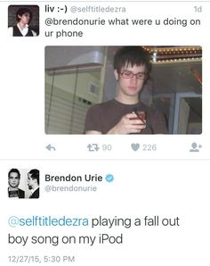 More proof that Brendon Urie is awesome. Emo Band Memes, Emo Bands, Music Bands, Music Stuff, My Music, Brendon Urie Memes, Music Memes, Panic! At The Disco, Pop Punk