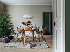 Finnish Design Shop – online store specialized in Nordic design Nordic Design, Scandinavian Design, Hay Design, Design Shop, Diffused Light, Christmas Shopping, Bubbles, Sweet Home, Dining Table