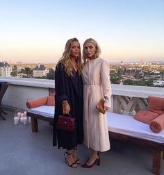 Mary Kate and Ashley in LA in outfits I want, per usual.