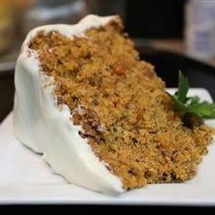 Very Special Tomato Spice Cake Recipe - Recipe uses tomato sauce Green Tomato Cake Recipe, Green Tomato Recipes, Spice Cake Recipes, Dessert Recipes, Desserts, Fruit Recipes, Dessert Ideas, Jus D'orange, Tomatoes