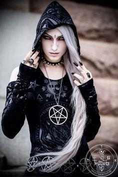 Witch Fashion, Dark Fashion, Gothic Fashion, Goth Beauty, Dark Beauty, Dark Punk, Goth Guys, Gothic Models, Look Man