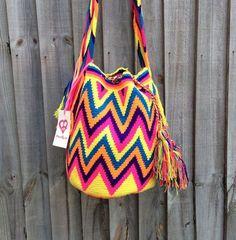 Authentic Colombian Mochila Wayuu bag traditional por peaceandluvsm