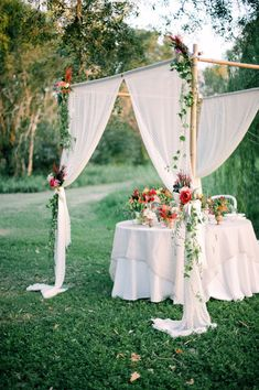 Really beautiful table setting for wedding- and this could be the bride/groom table