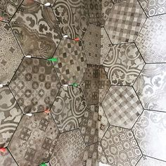 "174 Likes, 5 Comments - ragnoceramiche (@ragno_ceramiche) on Instagram: ""Installation of #Rewind #hexagonaltiles Thanks @pietro_bespoke_tiles for this picture #ragno #tiles…"""