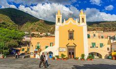 The village of Santa Marina, Salina. Aqua Marine, Solitude, Palm Trees, Notre Dame, Travel Tips, Scenery, Italy, Mansions, House Styles