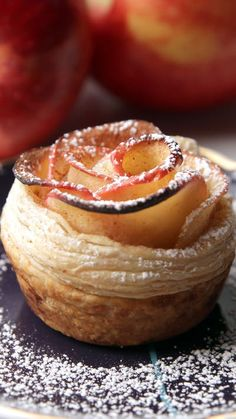 Instead of giving a bouquet of roses, why not give one of edible apple roses instead?