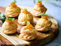 Diner Party, Choux Pastry, Snacks Für Party, Yummy Snacks, High Tea, Tapas, Food Inspiration, Buffet, Food And Drink