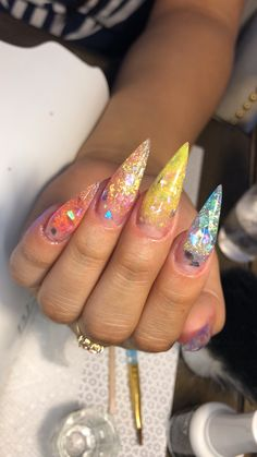 Nail art Christmas - the festive spirit on the nails. Over 70 creative ideas and tutorials - My Nails Fancy Nails, Love Nails, How To Do Nails, My Nails, Bling Nails, Glitter Nails, Fabulous Nails, Gorgeous Nails, Pretty Nails