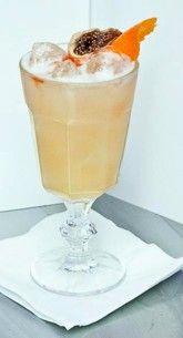 Vanilla Rhubarb Sour - get recipe on FB profil - Trust me I'm Bartender