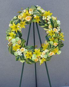 Large yellow Sympathy Wreathe