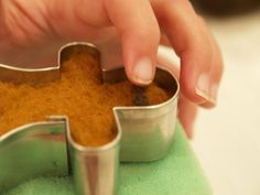 needle felted christmas images | Make a Gingerbread Man Christmas Ornament :: Needle Felting Tutorial ...