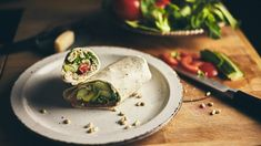 INGREDIENTS 1 Avocado Greek Yoghurt Parmesan Cheese Spinach or lettuce or any leaf you like Pine Nuts Italian Seasoning Garlic Powder. Easy Healthy Recipes, Easy Meals, Avocado Wrap, Greek Yoghurt, Italian Seasoning, Photo Ideas, Herbs, Inspired, Inspiration