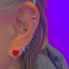 Ear Jewelry, Cute Jewelry, Jewelery, Jewelry Accessories, Cute Ear Piercings, Indie Kids, Mode Outfits, Piercing Tattoo, Aesthetic Clothes