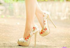 love these floral heels oh so much!