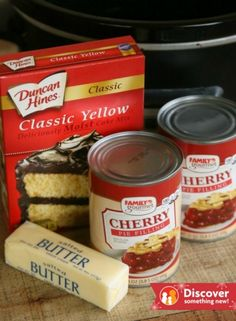 Easy Slow Cooker Cherry Dump Cake – Mom Endeavors Cherry Desserts, Cherry Cake, Crockpot Cherry Dump Cake, Football Cake Pops, Slow Cooker Cake, Crockpot Recipes, Cooking Recipes, Chili Cheese Dips, Moist Cakes