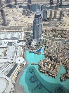 Dubai (shot from the world's tallest building)