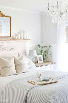 Summer decorating is best when relaxed and fuss free. Enjoy this tour of my Summer Bedroom - cleaned, simplified, and refreshed for the warmer months.