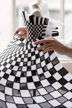 Dior Fashion, Fashion Dolls, Fashion Art, Fashion Design, Couture Details, Fashion Details, Fashion Mannequin, Dior Boutique, Pattern Draping