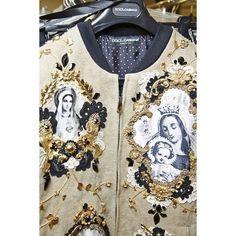 Dolce & Gabbana Summer 2016 Men's Fashion Show Men Fashion Show, Men's Fashion, Fashion Design, Fashion Trends, Trendy Fashion, Estilo Hippy, Dolce And Gabbana Man, Inspiration Mode, Mode Streetwear