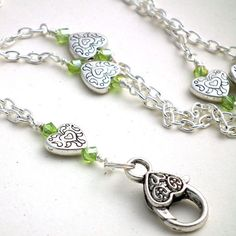 Simple Silver Heart Chain ID Badge Lanyard, Green Crystals Heart Clasp Beaded Jewelry, Handmade Jewelry, Jewellery, Wish Gifts, Purse Hook, Lanyard Necklace, Diy Jewelry Inspiration, Beaded Lanyards, Heart Chain