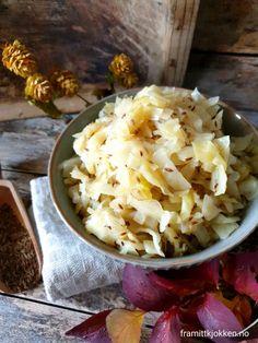 Surkål - Fra mitt kjøkken Cauliflower, Cabbage, Vegetables, Food, Cauliflowers, Vegetable Recipes, Eten, Veggie Food, Cabbages