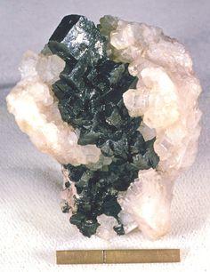 Argentite-Acanthite, Ag2S
