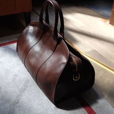 Lots of new Frank Clegg available again at The Armoury! Pictured is the Aiden duffel in brown calf. Handbags On Sale, Luxury Handbags, Purses And Handbags, Designer Handbags, Travel Bag Essentials, Travel Bags, Travel Luggage, Mens Travel Bag, Kids Luggage