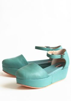 Daphne Aqua Leather Platforms By Gee Wawa | Modern Vintage Shoes