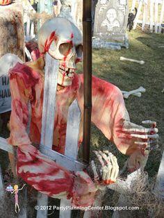 HALLOWEEN DECORATIONS : IDEAS & INSPIRATIONS: Outdoor Halloween Decorating Ideas
