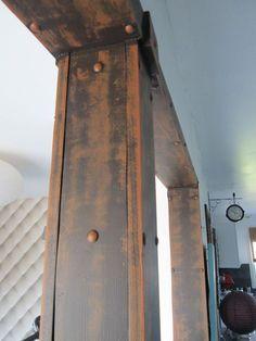 Patine à effet métal rouillé sur du bois en Pin. 01 finition 02 bois brut+clous 03sous-couche 04base patine
