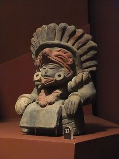 Zapotec Ceramic Figure, CE, state of Oaxaca, Mexico, Photographed at The… Ancient History, Art History, Colombian Art, Maya Civilization, Aztec Ruins, Aztec Culture, Aztec Art, Ceramic Figures, Mexican Art