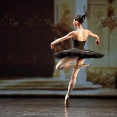 another all time ballet favorite:  Black Swan