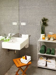 Keeping You Bathroom Tidy And Adding Key Accessories Will Instantly Make It  Feel Luxurious