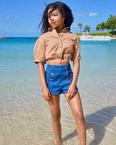 this was taken before the tide came in and soaked my shorts (; Black Girl Aesthetic, Aesthetic Fashion, Aesthetic Style, Preteen Girls Fashion, Kids Fashion, Vans Old Skool Gray, Teen Girl Poses, Forever 21 Girls, Famous Girls