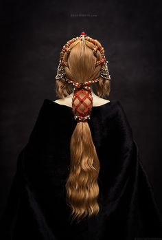 Primavera - a porcelain ball-jointed doll, 2015. This hairdress reflects the spirit of the Early Renaissance era. Inspired by one of Botticelli paintings as well. Прима...