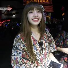 Lalisa 🌈❤ Jennie Lisa, Blackpink Lisa, Yg Entertainment, K Pop, South Korean Girls, Korean Girl Groups, Man Bun, My Princess, Girl Crushes