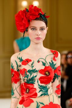 What Demeter Would Wear  Such sweet floral headpieces at theYulia Yanina Spring 2014 Couture show.*Dressed #demeter #demeterstyle