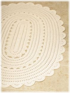 ...Handy Crafter...: Freshly Finished: Oval Crocheted Doily Rug
