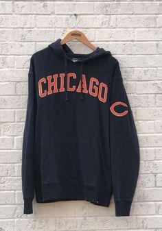 '47 Chicago Bears Mens Navy Blue Striker Fashion Hood - Image 1 Chicago Bears T Shirts, Nfl Chicago Bears, A Team, Team Logo, Bear T Shirt, Sweatshirt Dress, Street Wear, Navy Blue, Sweatshirts