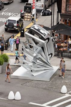"""""""Climbing Up"""" Pop-Up for Range Rover on view in NYC #Architecture #Art #Aluminum…"""